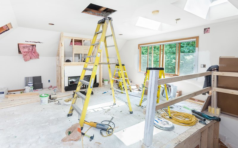 Why Should You Hire a Contractor For Kitchen Remodeling